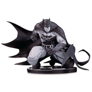 DC Comics Batman Joe Madureira statue
