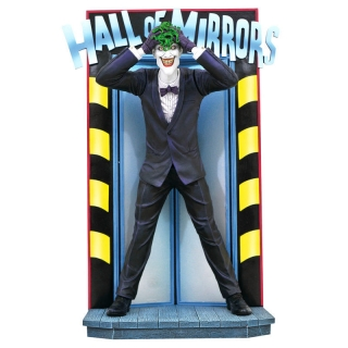 DC Comics Gallery The Killing Joke Joker diorama statue 25cm